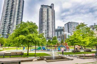 """Photo 14: 2506 1155 SEYMOUR Street in Vancouver: Downtown VW Condo for sale in """"Brava"""" (Vancouver West)  : MLS®# R2387101"""