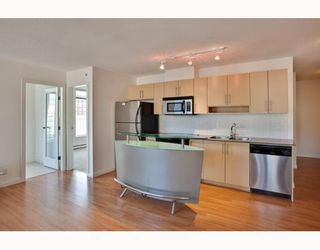 Photo 2: 604 550 TAYLOR Street in Vancouver: Downtown VW Condo for sale (Vancouver West)  : MLS®# V795826