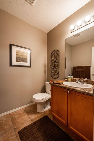 Photo 15: 124 CASTLE Drive in Edmonton: Zone 27 House Half Duplex for sale : MLS®# E4260271