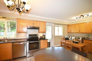 Photo 28: 480 GREENWAY AV in North Vancouver: Upper Delbrook House for sale : MLS®# V1003304