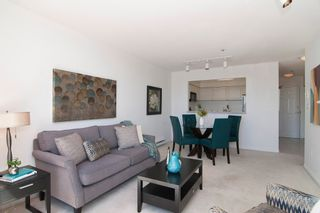 """Photo 5: 403 2288 W 12TH Avenue in Vancouver: Kitsilano Condo for sale in """"CONNAUGHT POINT"""" (Vancouver West)  : MLS®# V1077930"""