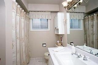 Photo 6: 19 Satok Terrace in Toronto: House (Bungalow-Raised) for sale (E10: TORONTO)  : MLS®# E1418865