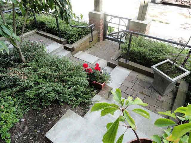 Photo 2: Photos: #103 - 9288 ODLIN RD in RICHMOND: West Cambie Condo for sale (Richmond)  : MLS®# R2127937