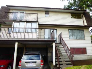 Photo 3: 8020 GILLEY Avenue in Burnaby: South Slope House for sale (Burnaby South)  : MLS®# R2520338