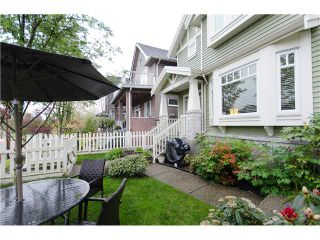 """Photo 10: 1938 ADANAC Street in Vancouver: Hastings 1/2 Duplex for sale in """"COMMERCIAL DRIVE"""" (Vancouver East)  : MLS®# V887660"""