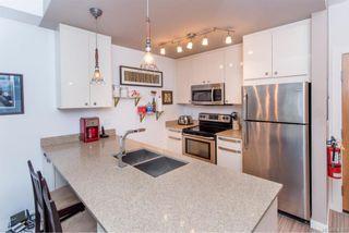 Photo 9: 304 2871 Jacklin Rd in Langford: La Langford Proper Condo for sale : MLS®# 816355
