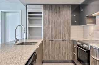 """Photo 1: 617 1088 RICHARDS Street in Vancouver: Yaletown Condo for sale in """"RICHARDS LIVING"""" (Vancouver West)  : MLS®# R2510483"""