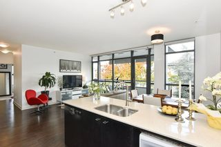 """Photo 13: 404 2851 HEATHER Street in Vancouver: Fairview VW Condo for sale in """"Tapestry"""" (Vancouver West)  : MLS®# R2512313"""