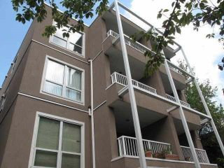"""Photo 2: 402 985 W 10TH Avenue in Vancouver: Fairview VW Condo for sale in """"Monte Carlo"""" (Vancouver West)  : MLS®# R2356963"""