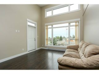 """Photo 10: 313 6888 ROYAL OAK Avenue in Burnaby: Metrotown Condo for sale in """"KABANA"""" (Burnaby South)  : MLS®# V1028081"""