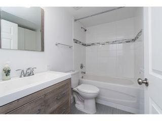 """Photo 24: 14 24330 FRASER Highway in Langley: Otter District Manufactured Home for sale in """"Langley Grove Estates"""" : MLS®# R2518685"""