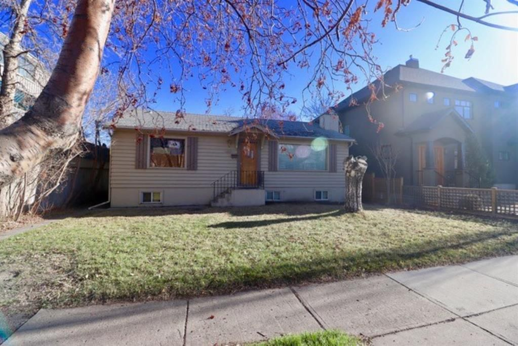 Main Photo: 1613 Westmount Road NW in Calgary: Hillhurst Detached for sale : MLS®# A1099637