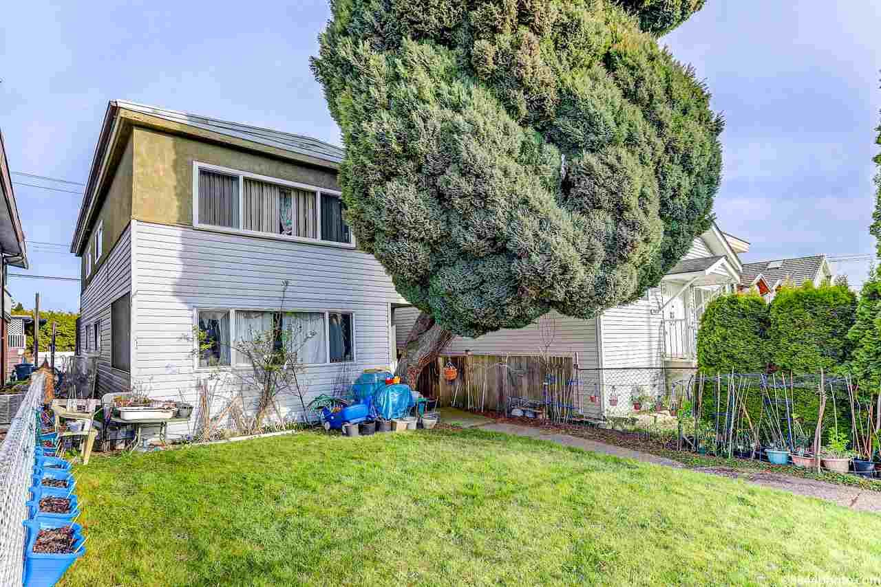 Main Photo: 7440 MAIN Street in Vancouver: South Vancouver House for sale (Vancouver East)  : MLS®# R2559817