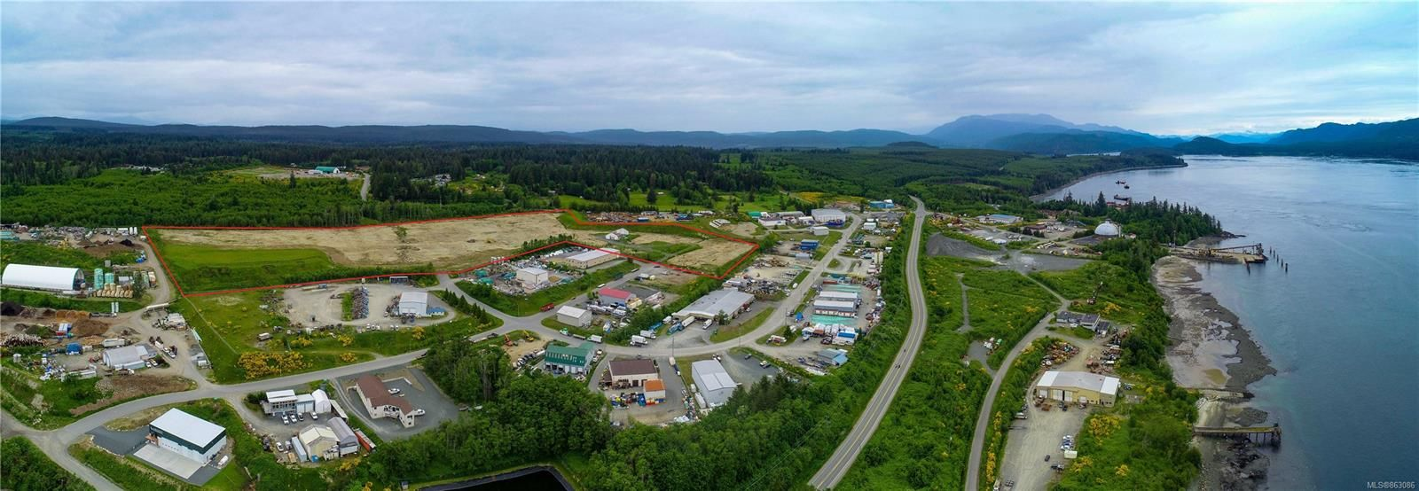 Main Photo: 4300 Midport Rd in : CR Campbell River North Business for sale (Campbell River)  : MLS®# 863086