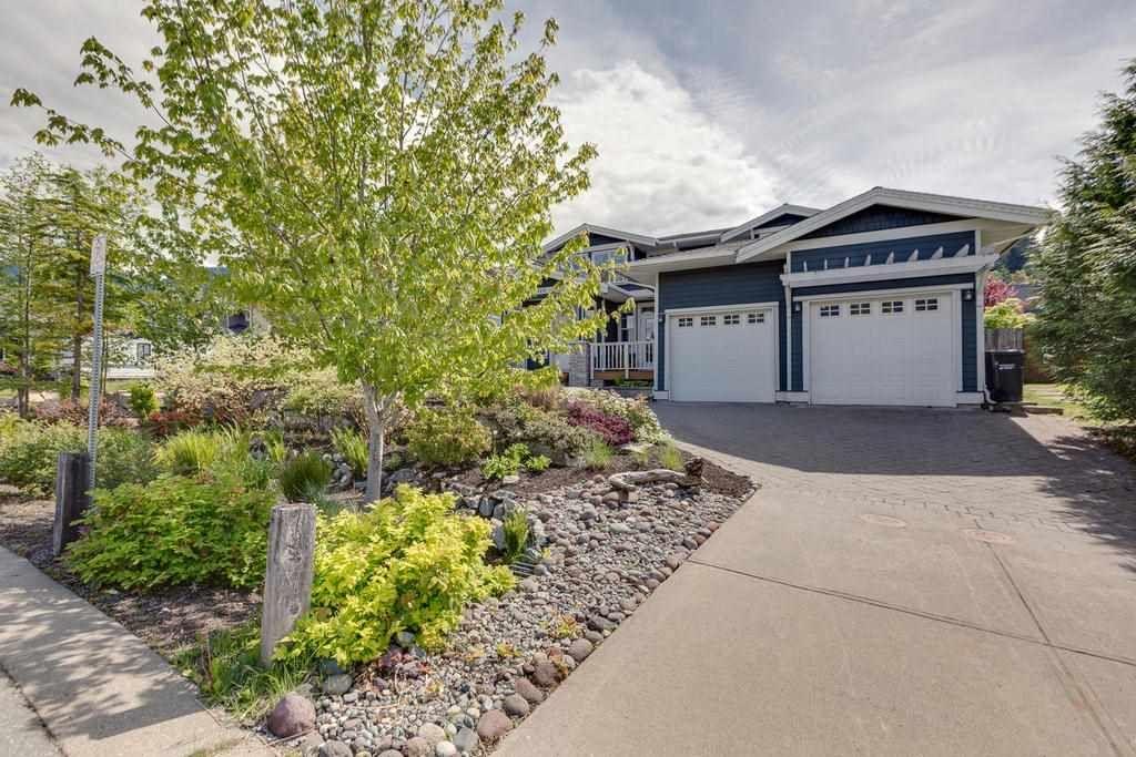 "Main Photo: 1010 CONDOR Place in Squamish: Garibaldi Highlands House for sale in ""Thunderbird Creek"" : MLS®# R2313457"