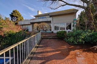 """Photo 17: 5781 NEWTON Wynd in Vancouver: University VW House for sale in """"UBC Endowment Lands"""" (Vancouver West)  : MLS®# R2041733"""