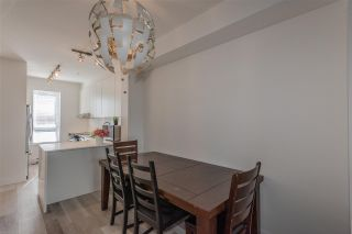 """Photo 10: 20 6868 BURLINGTON Avenue in Burnaby: Metrotown Townhouse for sale in """"METRO"""" (Burnaby South)  : MLS®# R2346304"""