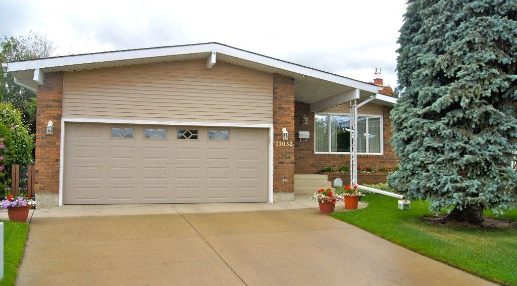 Main Photo: : House for sale : MLS®# e3005964
