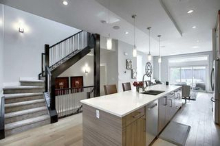 Photo 9: 3604 1 Street NW in Calgary: Highland Park Semi Detached for sale : MLS®# A1018609