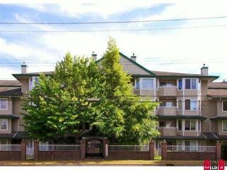 """Photo 1: 406 12110 80TH Avenue in Surrey: West Newton Condo for sale in """"LA COSTA GREEN"""" : MLS®# F1022923"""