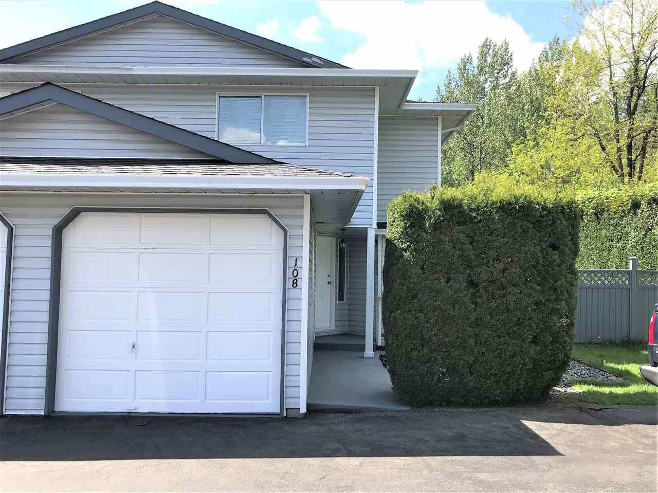 """Main Photo: 108 11255 HARRISON Street in Maple Ridge: East Central Townhouse for sale in """"RIVER HEIGHTS"""" : MLS®# R2579437"""