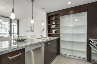 """Photo 9: 704 2959 GLEN Drive in Coquitlam: North Coquitlam Condo for sale in """"The Parc"""" : MLS®# R2337511"""