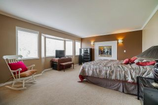 """Photo 18: 12385 63A Avenue in Surrey: Panorama Ridge House for sale in """"BOUNDARY PARK"""" : MLS®# R2465233"""