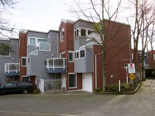 """Photo 27: 1598 ISLAND PARK Walk in Vancouver: False Creek Townhouse for sale in """"THE LAGOONS"""" (Vancouver West)  : MLS®# V1052642"""