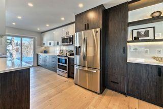 Photo 4: 464 Oakridge Way SW in Calgary: Oakridge Detached for sale : MLS®# A1072454