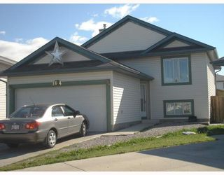 Photo 1: 164 APPLEMONT Close SE in CALGARY: Applewood Residential Detached Single Family for sale (Calgary)  : MLS®# C3345307