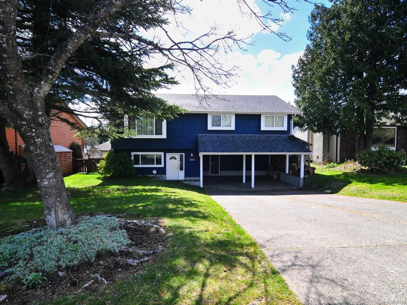 FEATURED LISTING: 1666 Brook Cres CAMPBELL RIVER