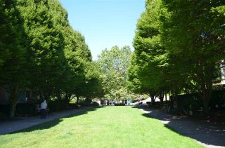"Photo 27: 813 2799 YEW Street in Vancouver: Kitsilano Condo for sale in ""TAPESTRY"" (Vancouver West)  : MLS®# R2488808"