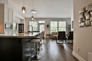 """Photo 12: 41 22057 49 Avenue in Langley: Murrayville Townhouse for sale in """"HERITAGE"""" : MLS®# R2493001"""