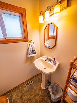 Photo 14: 212 Albion Cres in Ucluelet: PA Ucluelet House for sale (Port Alberni)  : MLS®# 872563