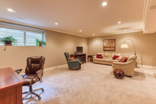 """Photo 18: 13 350 174 Street in Surrey: Pacific Douglas Townhouse for sale in """"The Greens"""" (South Surrey White Rock)  : MLS®# R2433866"""