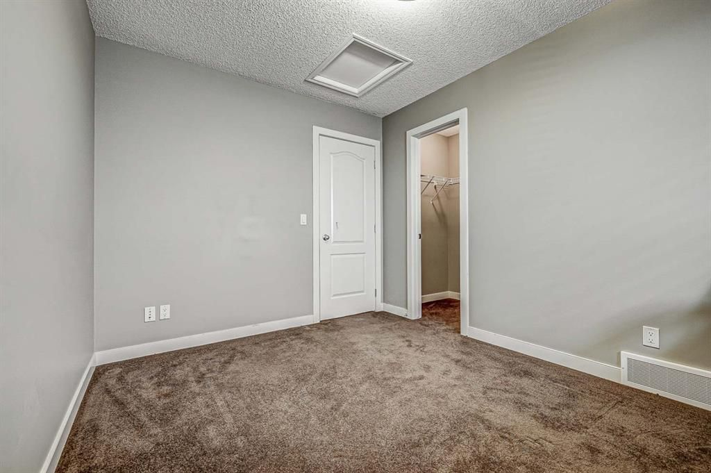 Photo 39: Photos: 200 EVERBROOK Drive SW in Calgary: Evergreen Detached for sale : MLS®# A1102109