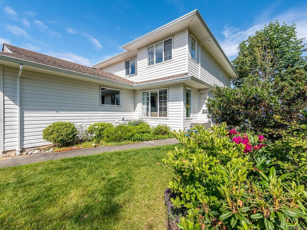 Main Photo: B 2425 1st St in COURTENAY: CV Courtenay City Half Duplex for sale (Comox Valley)  : MLS®# 843142