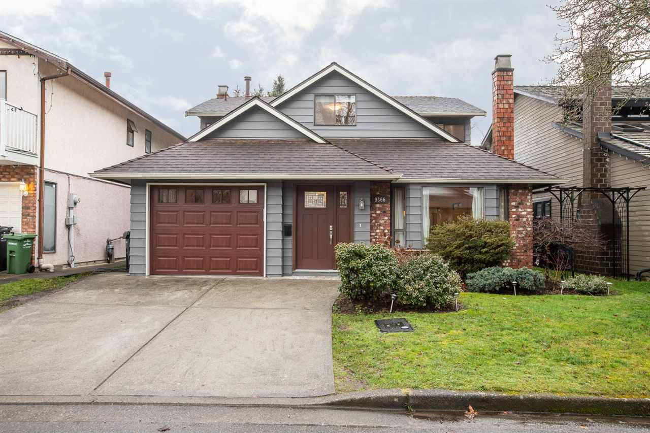"""Main Photo: 9366 KINGSLEY Crescent in Richmond: Ironwood House for sale in """"IRONWOOD"""" : MLS®# R2338137"""