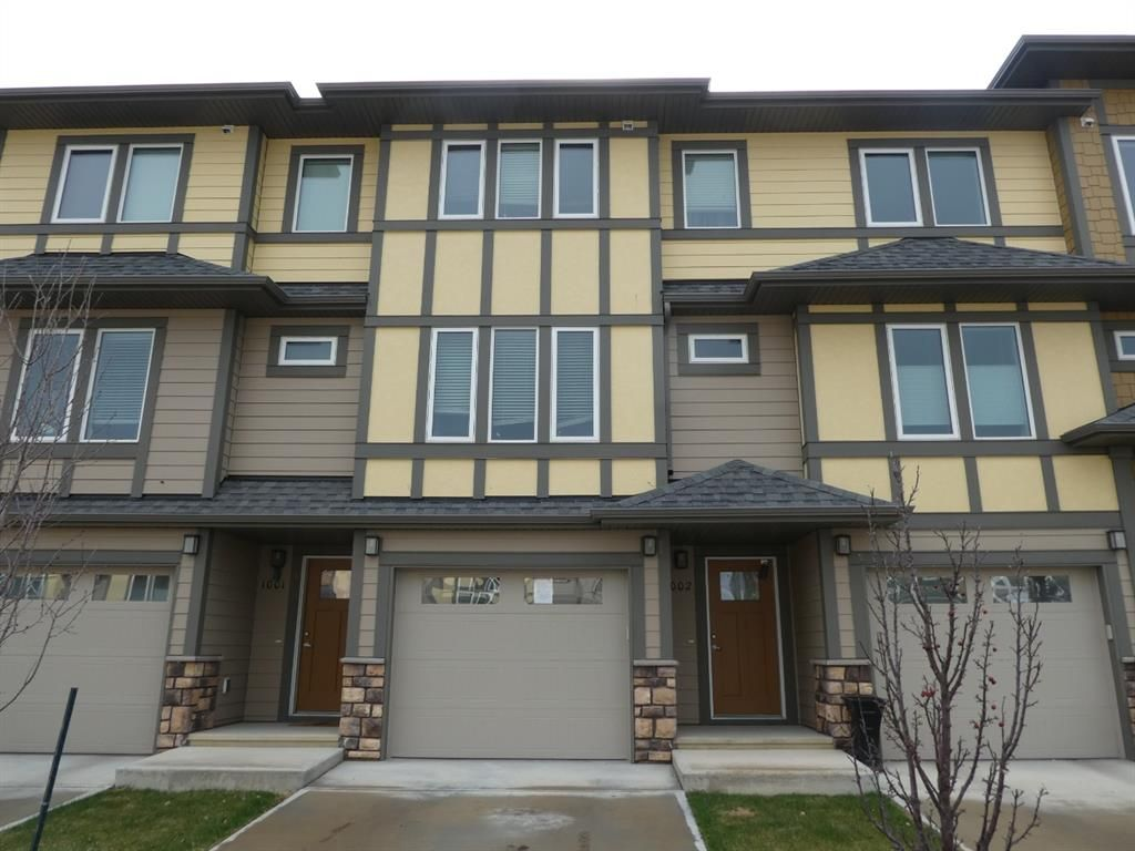Main Photo: 1002 339 VISCOUNT Drive: Red Deer Row/Townhouse for sale : MLS®# A1107494