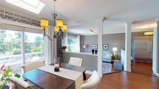 Photo 2: 40 181 RAVINE DRIVE in Port Moody: Heritage Mountain Townhouse for sale : MLS®# R2185444