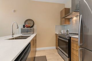 """Photo 8: PH18 2889 E 1ST Avenue in Vancouver: Hastings Condo for sale in """"FIRST & RENFREW"""" (Vancouver East)  : MLS®# R2486160"""