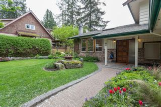 Photo 2: 2529 126 Street in Surrey: Crescent Bch Ocean Pk. House for sale (South Surrey White Rock)  : MLS®# R2057432