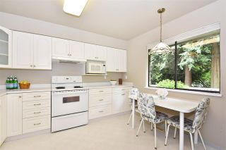 """Photo 3: 70 3180 E 58TH Avenue in Vancouver: Champlain Heights Townhouse for sale in """"Highgate"""" (Vancouver East)  : MLS®# R2169507"""