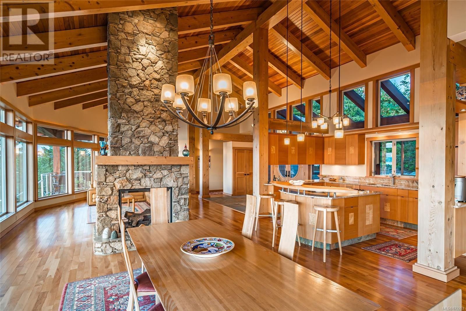 Photo 17: Photos: 825 Duthie Ave in Gabriola Island: House for sale : MLS®# 879263