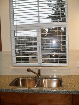 """Photo 7: #308 33338 BOURQUIN CR in ABBOTSFORD: Central Abbotsford Condo for rent in """"NATURE'S GATE"""" (Abbotsford)"""