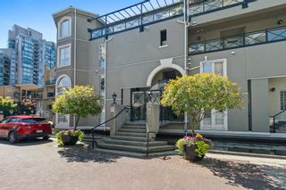 """Photo 36: 207 5 RENAISSANCE Square in New Westminster: Quay Townhouse for sale in """"THE LIDO"""" : MLS®# R2617609"""
