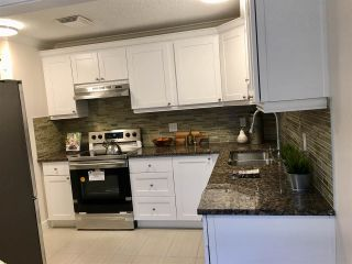 """Photo 3: 2749 WESTVIEW Drive in North Vancouver: Upper Lonsdale Townhouse for sale in """"CYPRESS GARDENS"""" : MLS®# R2231140"""