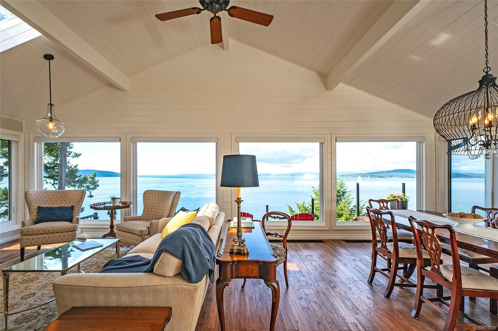 Main Photo: 7936 Swanson View Dr in : GI Pender Island House for sale (Gulf Islands)  : MLS®# 878940