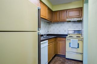 """Photo 11: 102 2885 SPRUCE Street in Vancouver: Fairview VW Condo for sale in """"Fairview Gardens"""" (Vancouver West)  : MLS®# R2267756"""