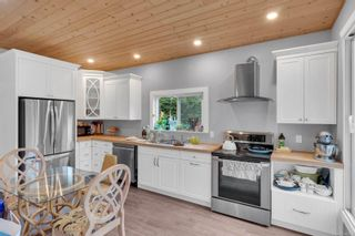 Photo 5: 2665 Derwent Ave in : CV Cumberland House for sale (Comox Valley)  : MLS®# 869633
